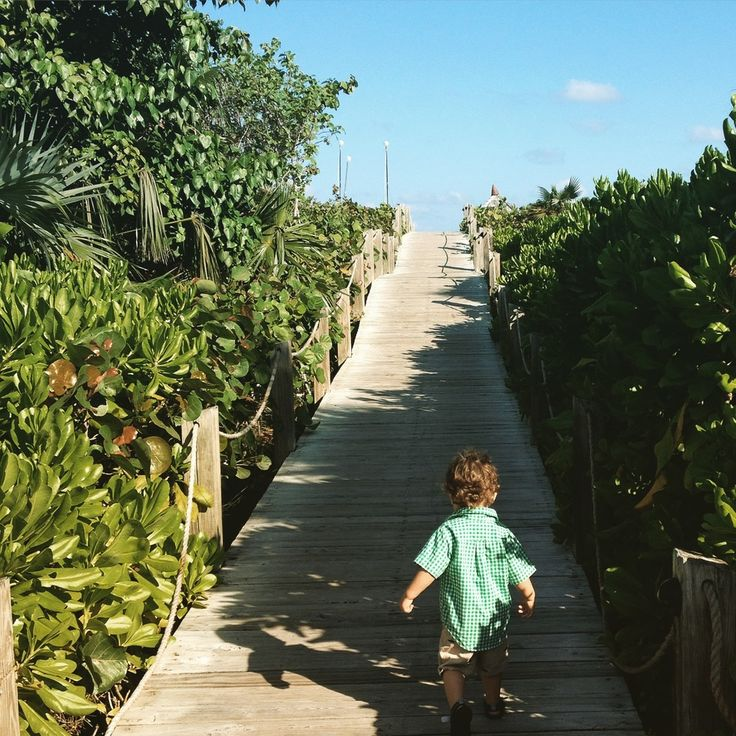 Passported's editor, Nikki, just got back from a family trip to Turks &  Caicos. Check out her picks for the best places to dine with kids on  Providenciales.Many of the best restaurants are in the resorts that front  Grace Bay Beach, so you can plan a restaurant crawl from breakfast to  dinner without ever leaving the sand.   One of the many gorgeous view from Grace Bay Club.  Grace Bay Club  InfinitiGrace Bay Club's signature restaurant, it's one of the island's  more splurge-worthy…