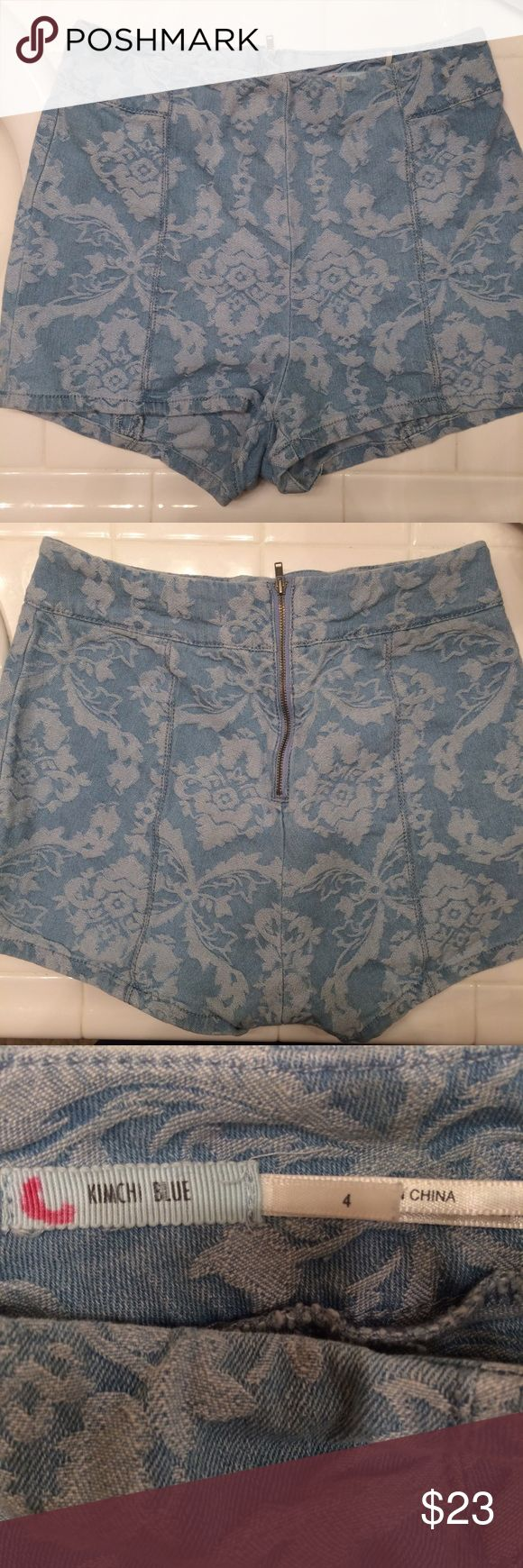 """Light blue paisley print high waisted shorts Light blue paisley print high waisted shorts by Kimchi Blue from Urban Outfiyyets, size 4nwould best fit a size 26""""/27"""" waist, no flaws very good condition #uo #urban #outfitters #kimchi #blue #light #paisley #boho #bohemian #print #high #waisted #highwaisted #rise #highrise #pinup #shorts #summer Urban Outfitters Shorts"""