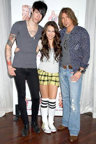 Miley & Trace Cyrus(w/dad)