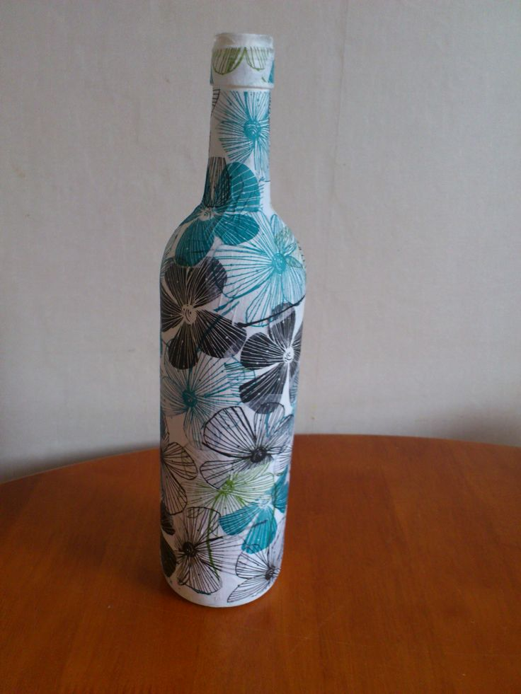 Diy wine bottle using pva glue and tissue paper artsy for Diy projects with wine bottles