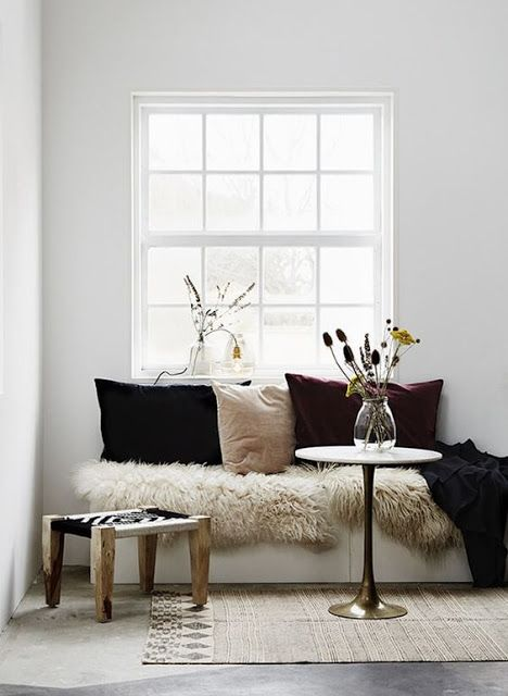 coffee in the sun: Inspiratie voor een zitplek bij het raam
