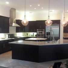 Modern Kitchen with commercial faucet and sprayer