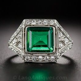 Exquisite Art Deco Emerald and Diamond Ring
