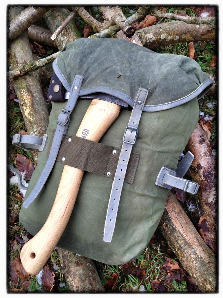 Norwegian army rcksack http://www.wynnchester.co.uk/military-canvas-rucksacks/norwegian-canvas-patrol-pack/