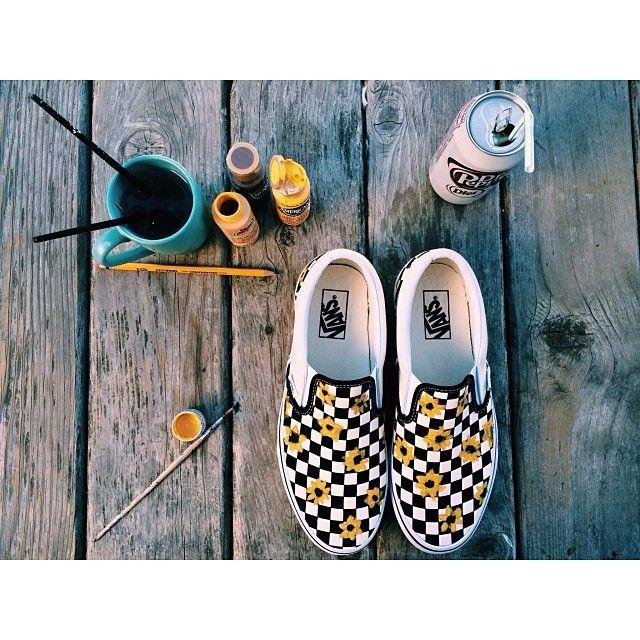 When ya gotta make it your own, ya know? ️/ Vans Custom via Instagram user Annie Enright.