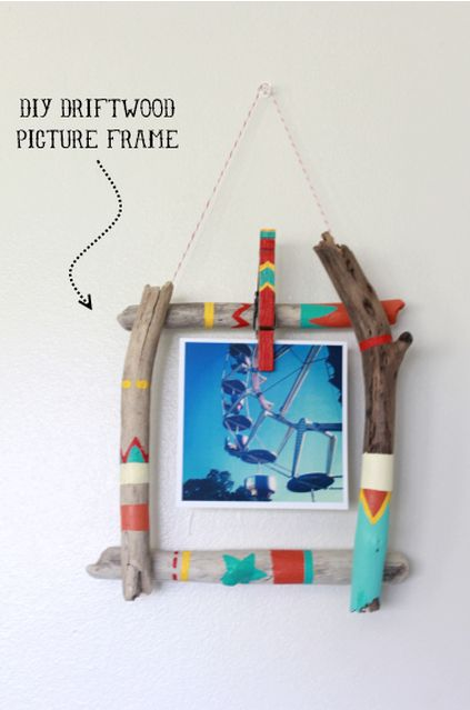 Weekend Project :: DIY Painted Driftwood Roundup