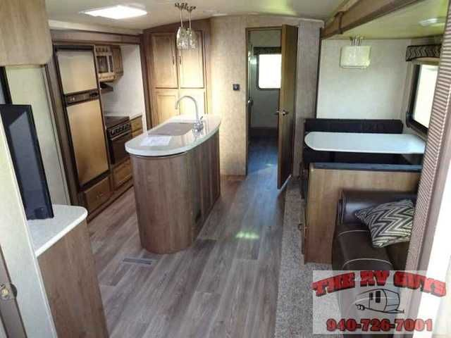 """2015 New Cruiser Rv Fun Finder 301KIBH Travel Trailer in Texas TX.Recreational Vehicle, rv, At The RV Guys There Is No """"SURPRISE!"""" cuz all we DO is find the best RV for YOU."""