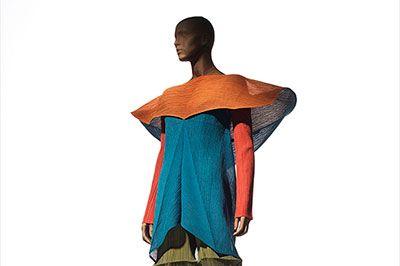 「MIYAKE ISSEY展: 三宅一生の仕事」国立新美術館で開催 - 初期から最新プロジェクトまで | ニュース - ファッションプレス
