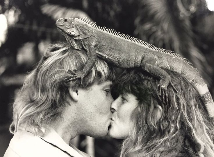 Steve and Terri Irwin. Today would have been their 25th wedding anniversary, 1992 : OldSchoolCool