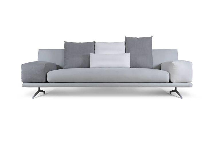 MARGO sofa by MOYA