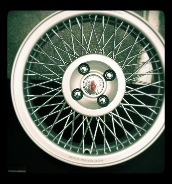 S-Ray wire wheel for MINIs and Fiat 500's