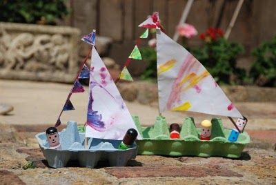 Crafting with kids: recycle an egg carton into a boat! A perfect activity in conjunction with reading books about the sea and boats. All you need is an egg carton (12 egg or 6 egg), chopsticks (for mast), paper & paint (for sails), ribbon/ string (to secure mast ), glue, scissors, blue tack, and staple.