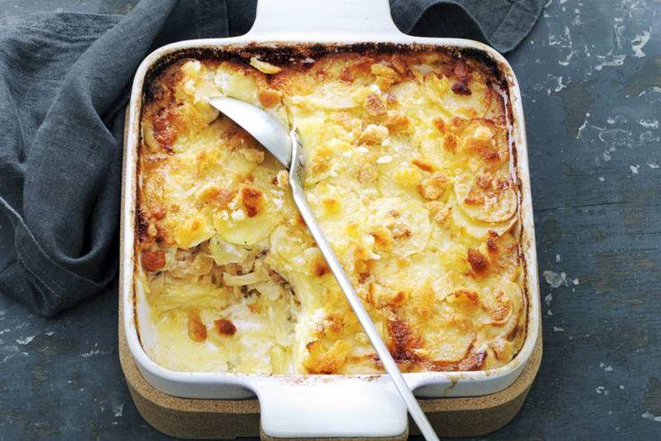 Kijk wat een lekker recept ik heb gevonden op Allerhande! Gratin van aardappel, ansjovis en ui