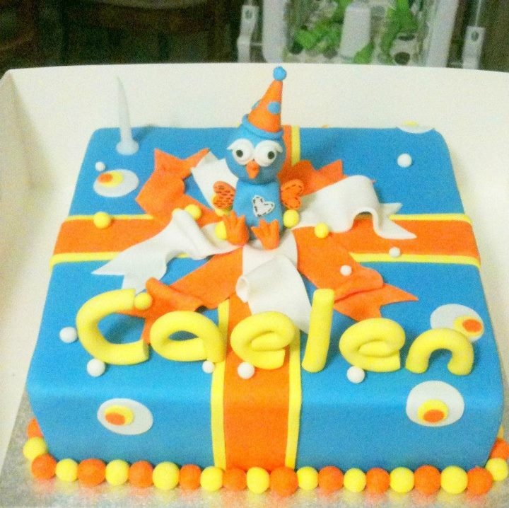 Giggle and Hoot birthday cake made by Tracey's Cakes Echuca