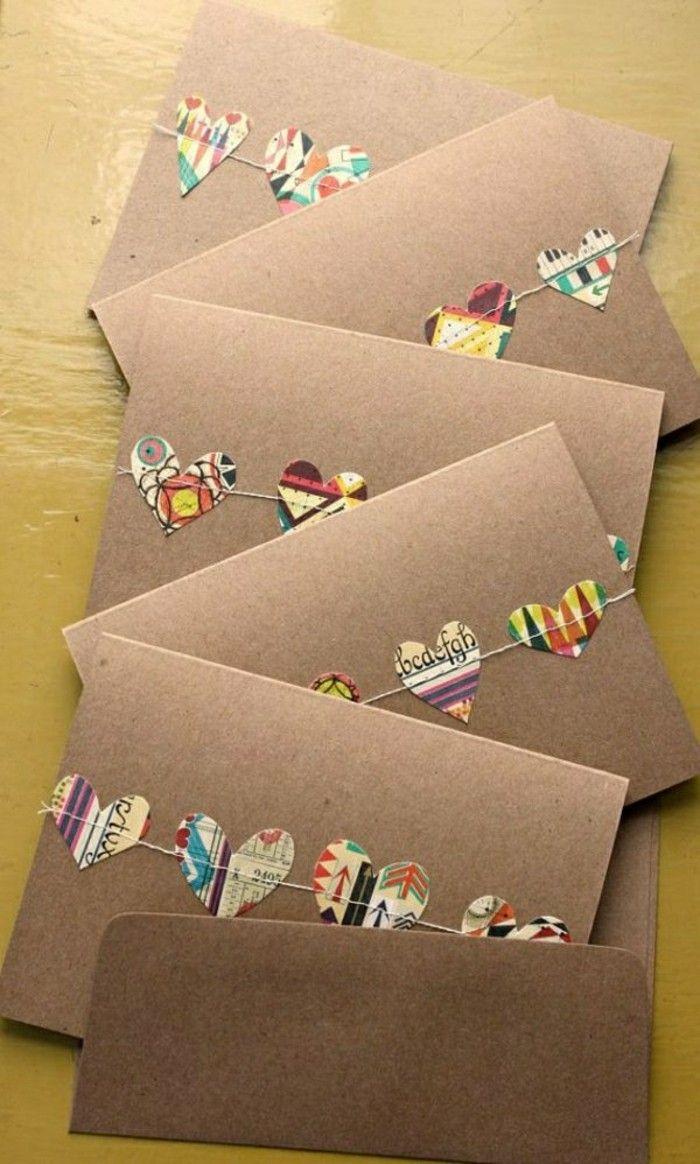carte de voeux a faire soi meme en carton avec decoupage en forme de coeurs