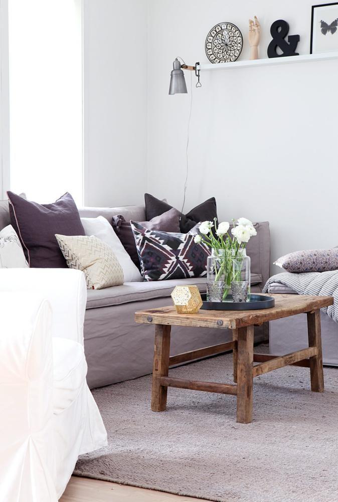TON-I-TON: I denne stuen dominerer beige og bruntoner. Sofaen med ...