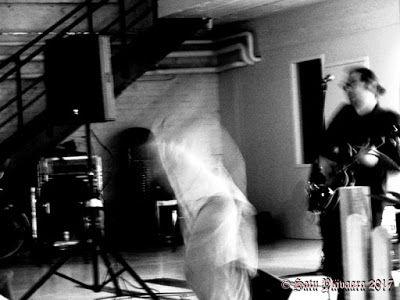 Black and white photography: Rosa Liksomin Everstinnan kirjajulkkarit 14.9. Mustavalkoiset kuvat vassokuu