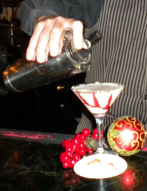 Recipe: Chesterfield Candy Cane Cocktail. #cocktails #recipe #London #bar
