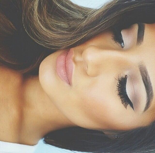Beautiful pink, copper, bronze and silver smokey eye. Winged eyeliner, a pink lip and defined brows.
