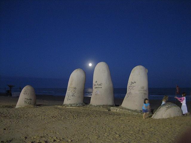 Uruguay_ Punta del Este 19 by elsolgr, via Flickr