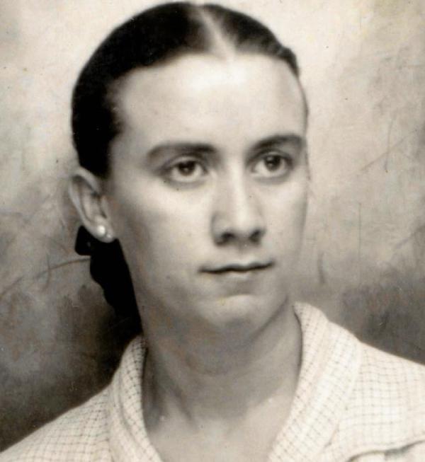 Retrato de Celia Viñas. La Voz de Almería. 26112015