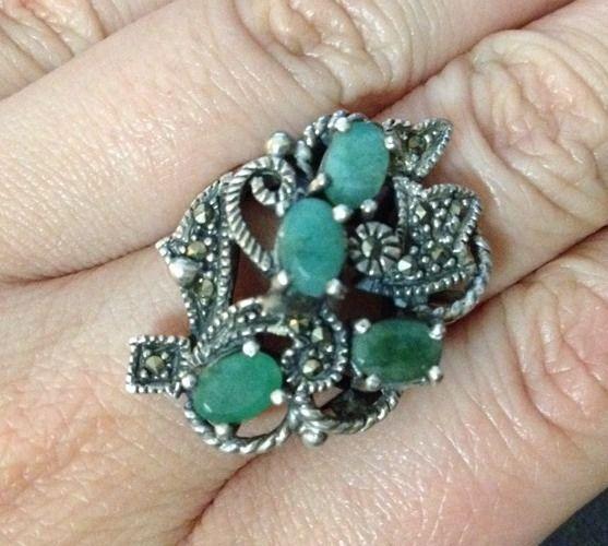 Estate Find - Sterling Silver Marcasite & Jade Ring - Stamped 925 - Size 9 / R½
