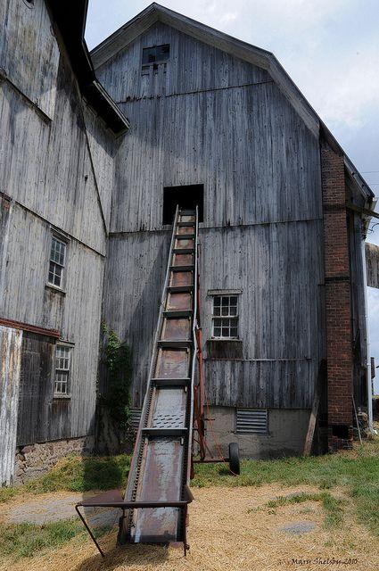 Barn and Elevator.