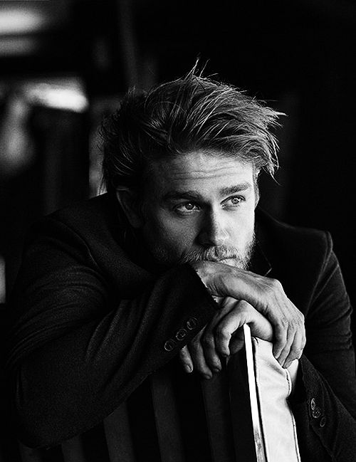 Charlie Hunnam what a beautiful human. not just on the outside