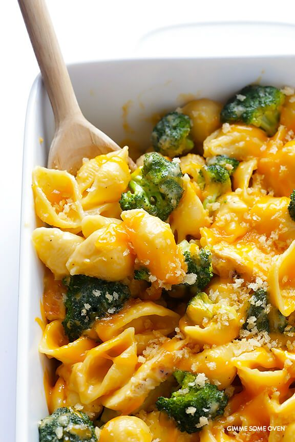 Broccoli Cheddar Chicken Mac and Cheese Recipe | gimmesomeoven.com