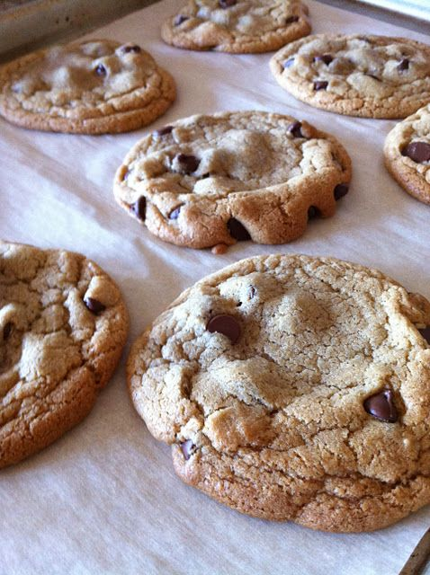 Oh, So Darling- Best Chocolate Chip Cookie Recipe! #ohsodarlingDelicious Desserts, Chocolate Chips, Chewy Chocolates, Chocolates Chips Cookies, Foodies Mania, Cookies Recipe, Chewy Cookies, Favorite Recipe, Chocolate Chip Cookies