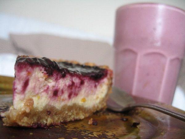 Tamarillo Cheesecake! Site dedicated to Tamarillo's!