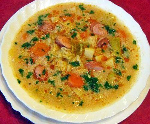 Egy finom Frankfurti leves pirított virslivel ebédre vagy vacsorára? Frankfurti leves pirított virslivel Receptek a Mindmegette.hu Recept gyűjteményében!