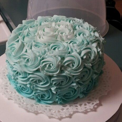 Teal hombre cake