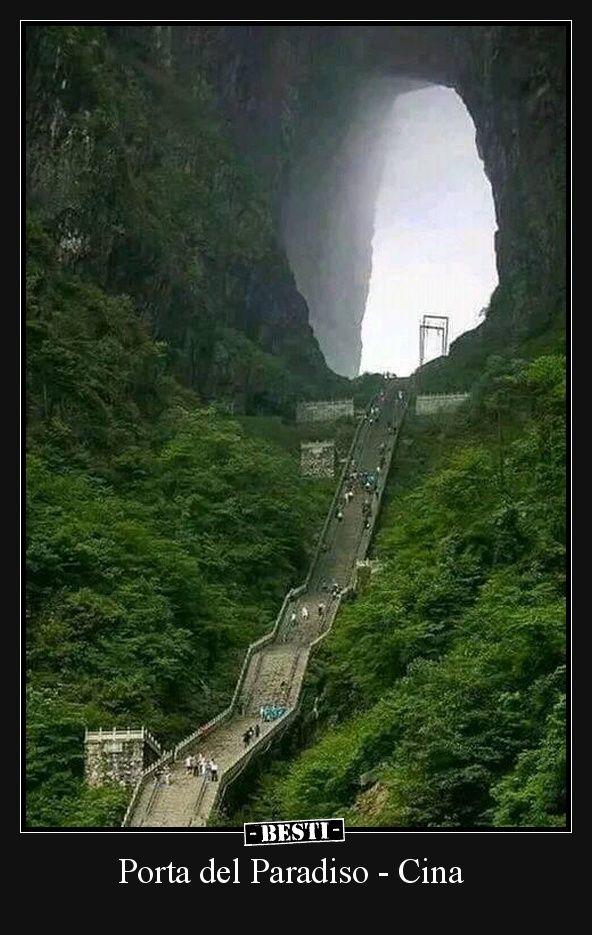 CINA: LA PORTA PER IL PARADISO SUL MONTE TIANMEN (FOTO E