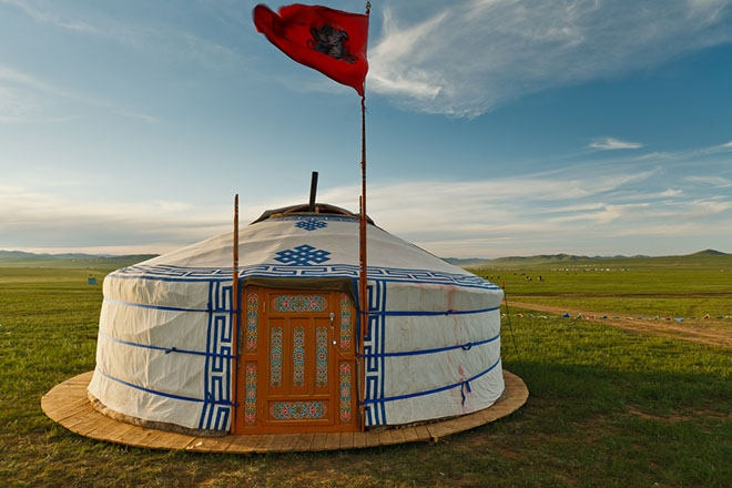 Mongolian Tent.. Wish i could live there