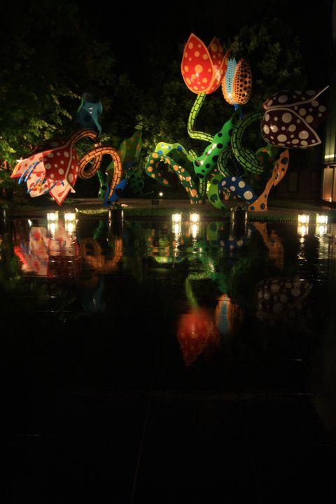 館外にもドット柄!長野「松本市美術館」草間彌生アートを無料で体感 | 長野県 | トラベルjp<たびねす>
