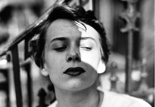 Ana New York,1950s by Saul Leiter.