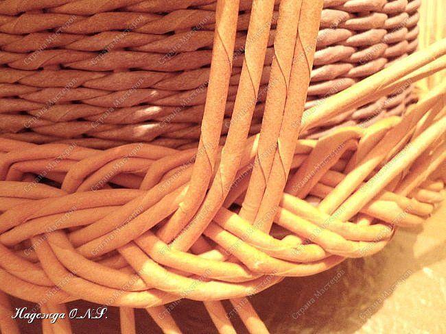 Неоднократно меня спрашивали, как я плету подносы... Выпал случай сфотографировать процесс...  фото 16