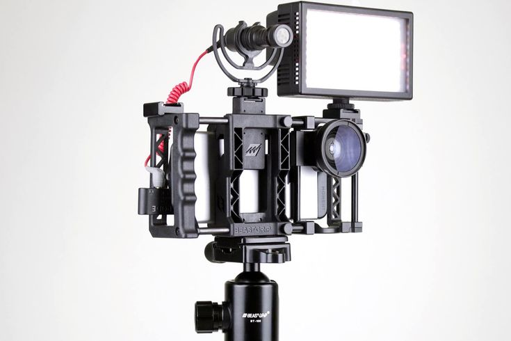#wantoftheday beastgrip-pro-camera-rig-system-for-iphone-2