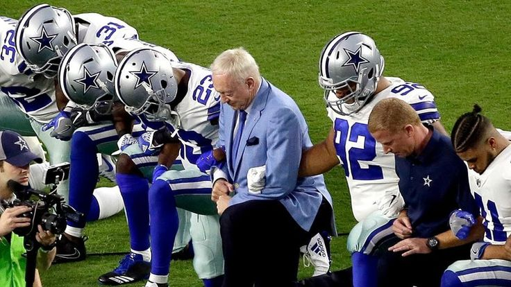 Opinion: Judge Andrew Napolitano: Is taking a knee protected speech?