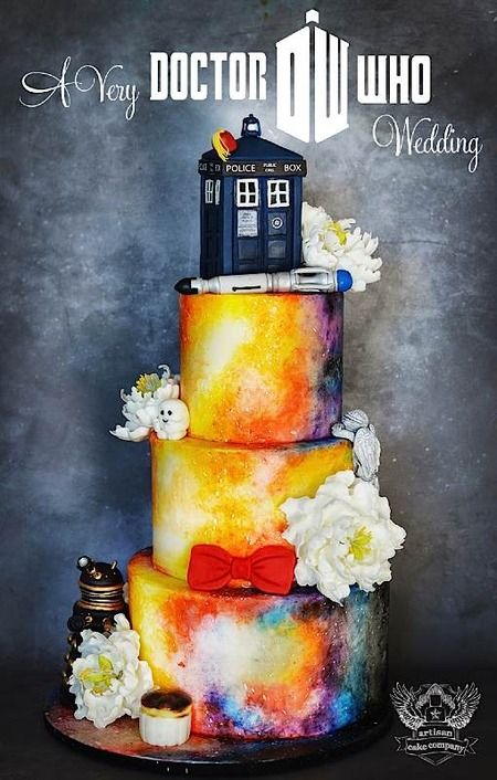 Cake Wrecks - Sunday Sweets: Cake of the Doctor. Amazingly cool Doctor Who cakes!