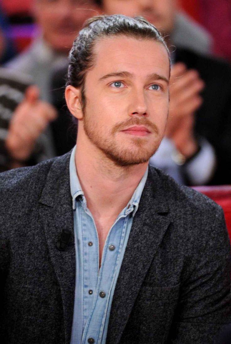19 - Julien DoréUn bond de 19 places pour Julien Doré qui se retrouve cinquième dans le classement chanteur.