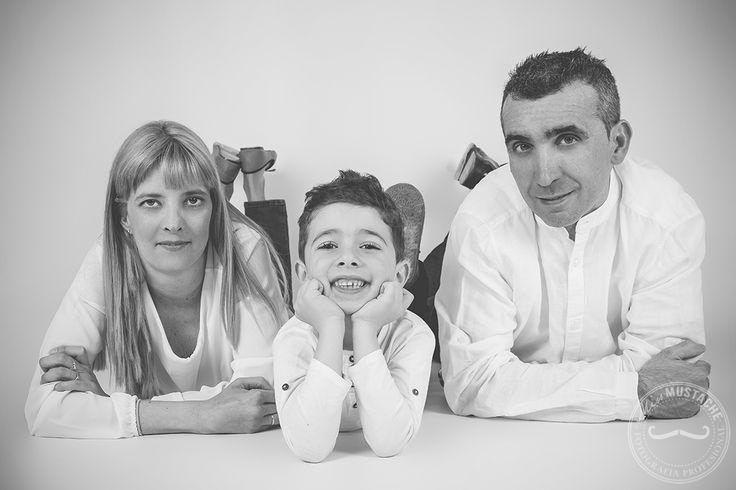 Fotografía familia   Sesión fotos en estudio   Sesión fotos hijos  