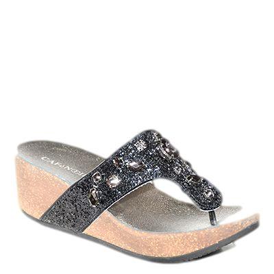 #Ciabatta a infradito con la zeppa con glitter e pietre nere di #cafenoir  http://www.tentazioneshop.it/scarpe-cafe-noir/infradito-zeppa-mc016-nero-cafe-noir.html