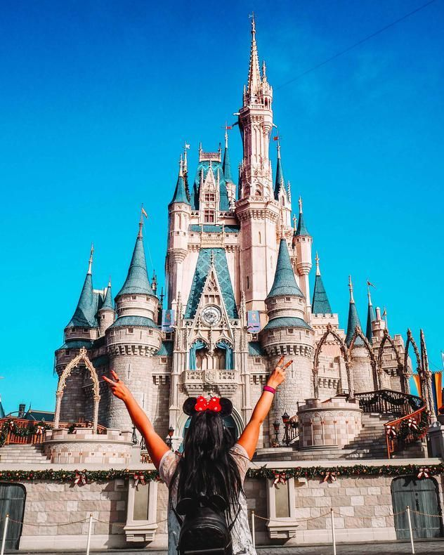 20 Magical Instagram Spots In Walt Disney World Third Eye Traveller Solo Female Travel Blog Disney World Trip Disney World Florida Cute Disney Pictures