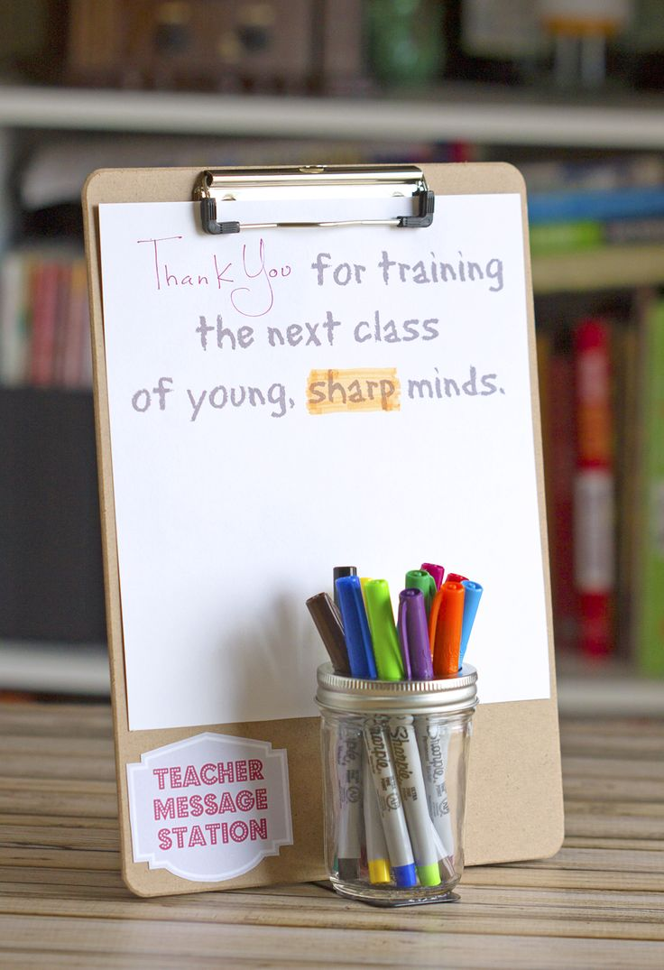 Teacher Message Station - affordable DIY Teacher Gift that is easy to make and a unique gift for a favorite teacher for back-to-school or any occasion.
