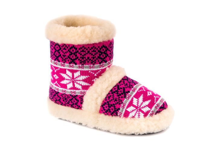 Ladies slippers, naturals and halthly, sheepskin