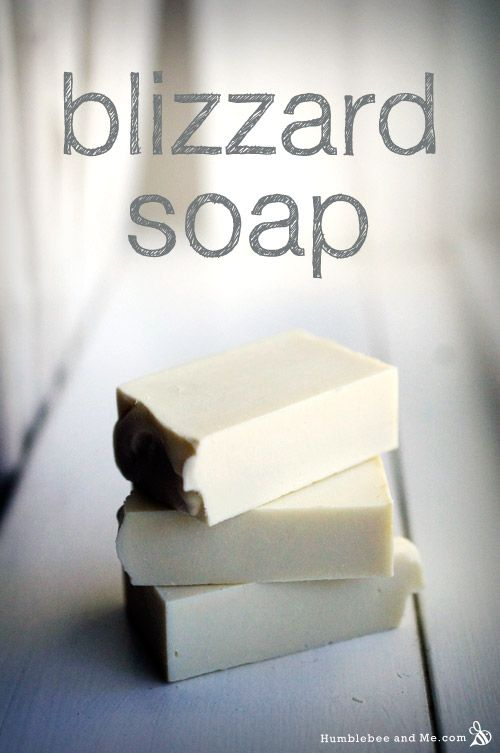 This crisp clean white bar smells of cold air and cool mint, and is perfect for winter