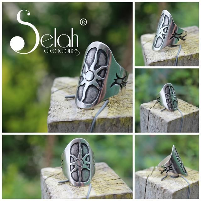 Anillo de plata con detalles envejecidos, diseño exclusivo . Chile <3 Fan Page <3 Facebook <3 Twitter <3 Flickr <3 selah.creaciones@gmail.com