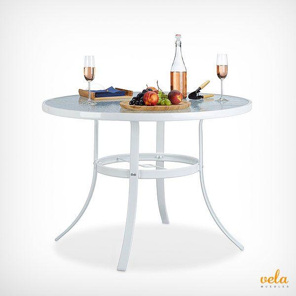 Mesa de jardín blanca con base de vidrio cristal. Elegante y decorativa para tu terraza o balcón.